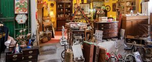 Styling Your Living Room with Secondhand Furniture and Other Thrift Store Finds