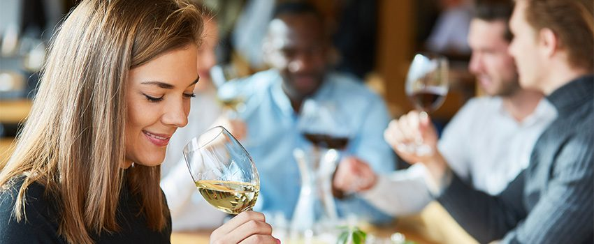 Read more about the article 12 Surprising Health Benefits of Wine