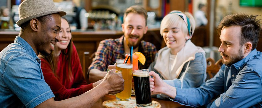 Read more about the article Bottoms Up: The Best Alcoholic Beverages for Different Occasions